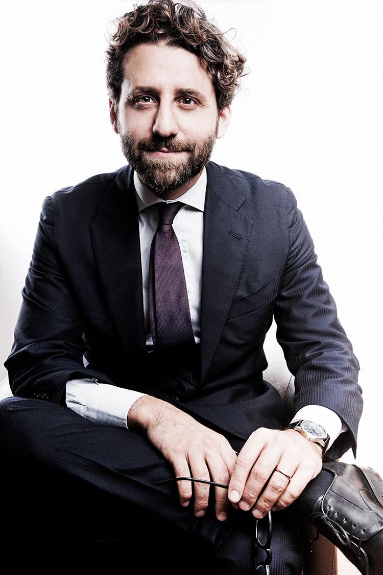 Avv. Adriano Izzo